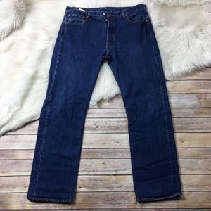 Levi's Jeans Button Fly Dark Wash Straight leg